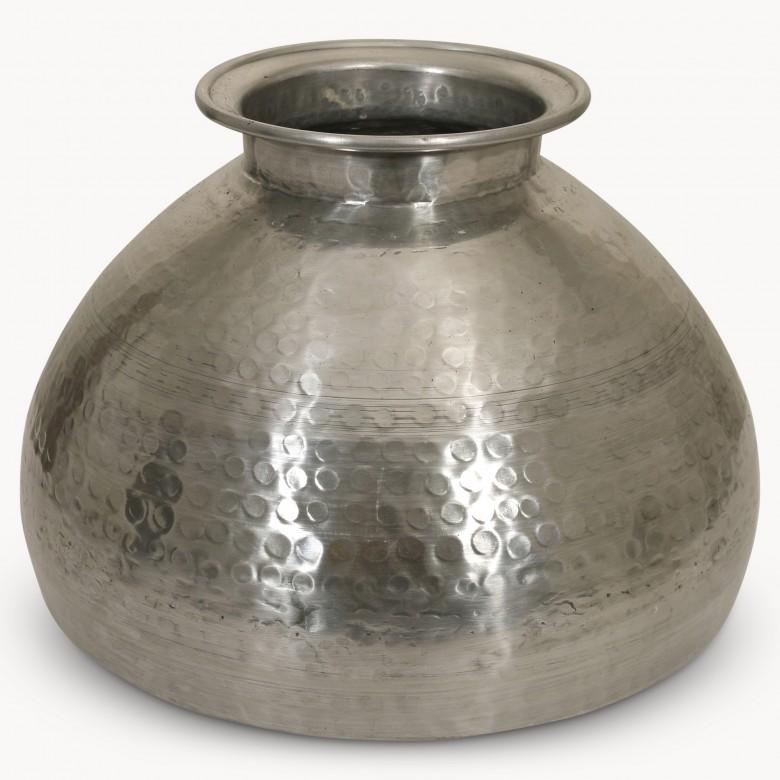 Kimberley Aluminium Vase In Hammered Silver Finish One World