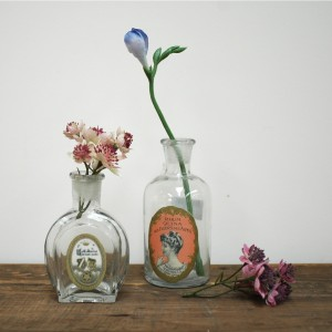 vintage style glass perfume bottles