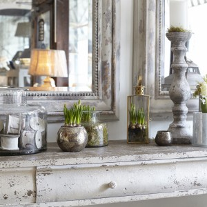 http://houseandhome.com/decorating/styling-console-tables/